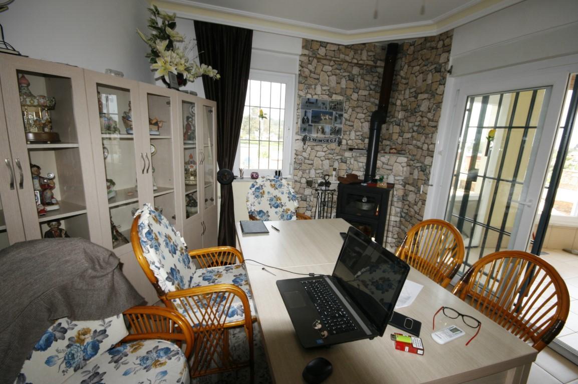 Zu verkaufen, Villa 7+1 mit dem Pool in Avsallar – Tapu Homes Real ...